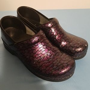 Purple Dansko professional 42 iridescent